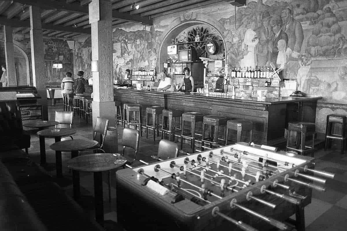 Beach Chalet San Francisco WPA frescos when it as a bar in 1970s