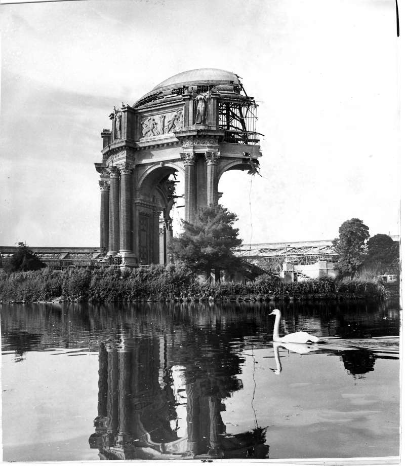 San Francisco's Palace of Fine arts dome half destroyed during rebuilding